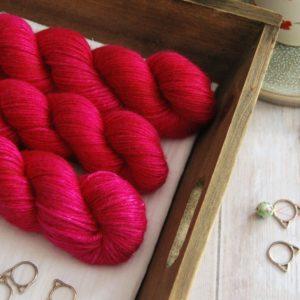 une-louve-dans-les-bois-1-laine-artisanal-teinte-main-alpaga-soie-cachemire-DK-bollywood