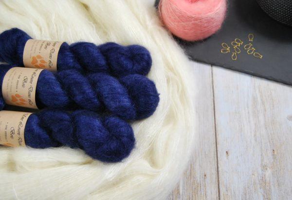 une-louve-dans-les-bois-1-laine-artisanal-teinte-main-superkid-mohair-sailors-and-fishermen