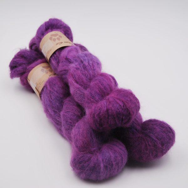 une-louve-dans-les-bois-1-laine-artisanal-teinte-main-suri-alpaga-1001-nuits