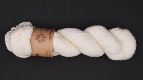 une-louve-dans-les-bois-2-merino-artisanal-teinte-main-fine-sock-mer-d-amundsen