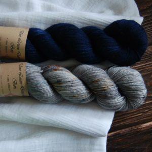 une-louve-dans-les-bois-3-merino-artisanal-teinte-main-twist-sock-epaves-en-mer-d-iroise-sailors-and-fishermen
