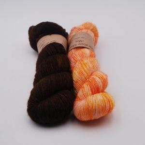 une-louve-dans-les-bois-5-laine-artisanal-teinte-main-single-solene-knits
