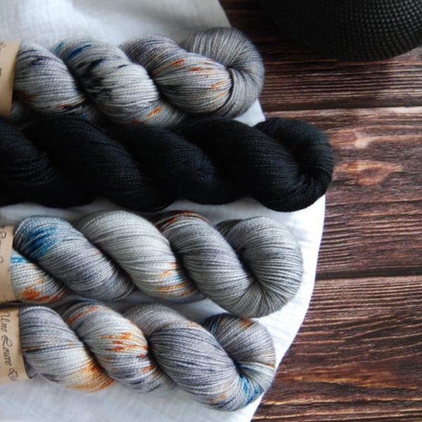 une-louve-dans-les-bois-kit-popeye-laine-artisanale-teinte-main-france-single-twist-fine-epaves-en-mer-d-iroise-2