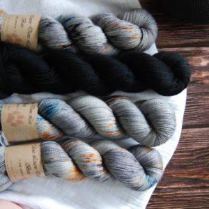 une-louve-dans-les-bois-kit-popeye-laine-artisanale-teinte-main-france-single-twist-fine-epaves-en-mer-d-iroise