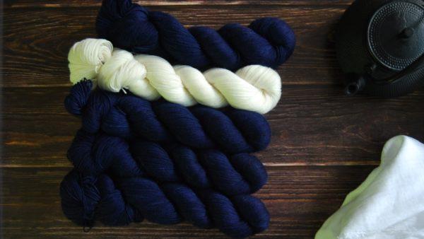 une-louve-dans-les-bois-kit-popeye-laine-artisanale-teinte-main-france-single-twist-fine-l-original