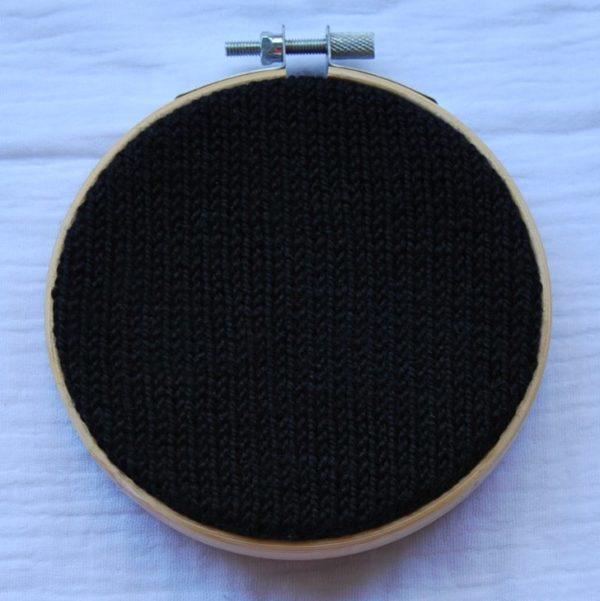 une-louve-dans-les-bois-nuancier-laine-artisanale-teinte-main-france-single-twist-fine-clair-obscur