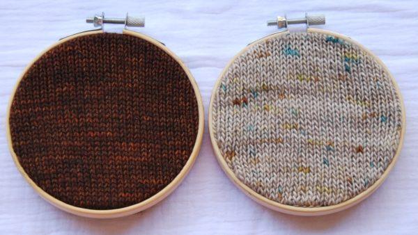 une-louve-dans-les-bois-nuancier-laine-artisanale-teinte-main-france-single-twist-fine-sock-en-amoureux-sur-la-plage-l-odeur-du-bois