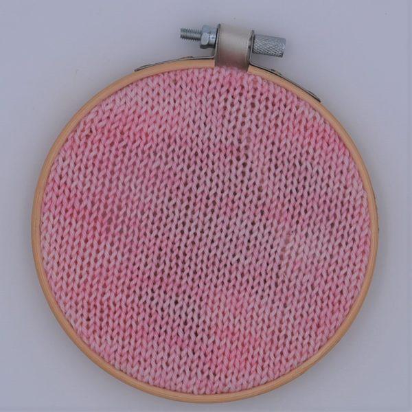 une-louve-dans-les-bois-nuancier-laine-artisanale-teinte-main-france-single-twist-fine-sock-little-lady